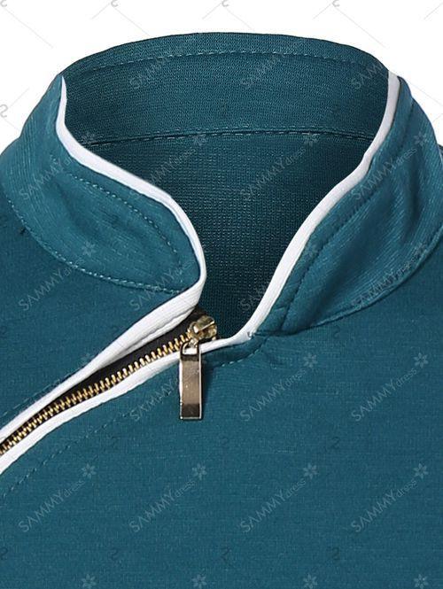 現代旗袍の一例。大襟全体をジッパーに代替させた旗袍。ポリエステル製。
